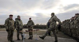 Верховний Головнокомандувач ЗСУ відзначив кращих українських десантників (фото)