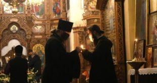 У скільки разів менше людей прийшли до храмів на Великдень через карантин?