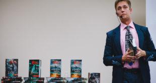 Кідрук порадив 5 найцікавіших книжок про космос
